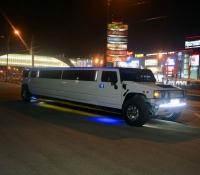 лимузин Hummer H2 на свадьбу (7)